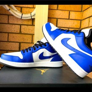Nike Jordan Low Royal Blue